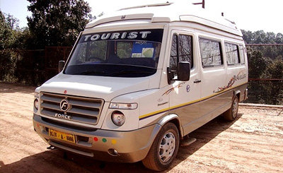 8 Seater Tempo Traveller Booking